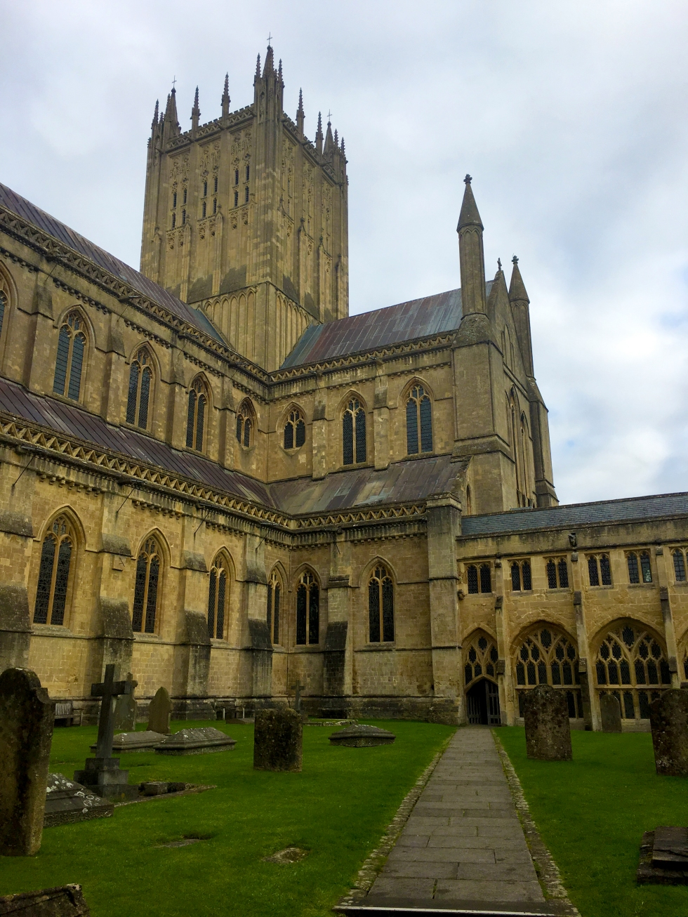 wells-cathedral-cloister-tower