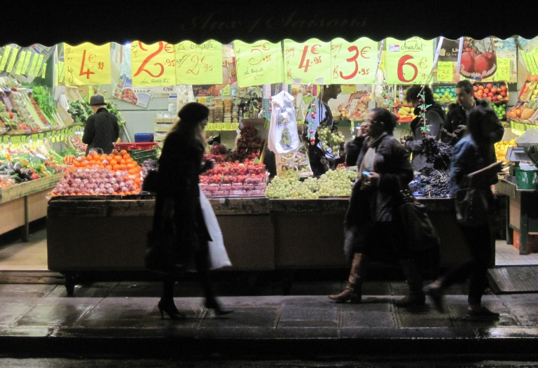 1-ShoppingAfterWork.jpg