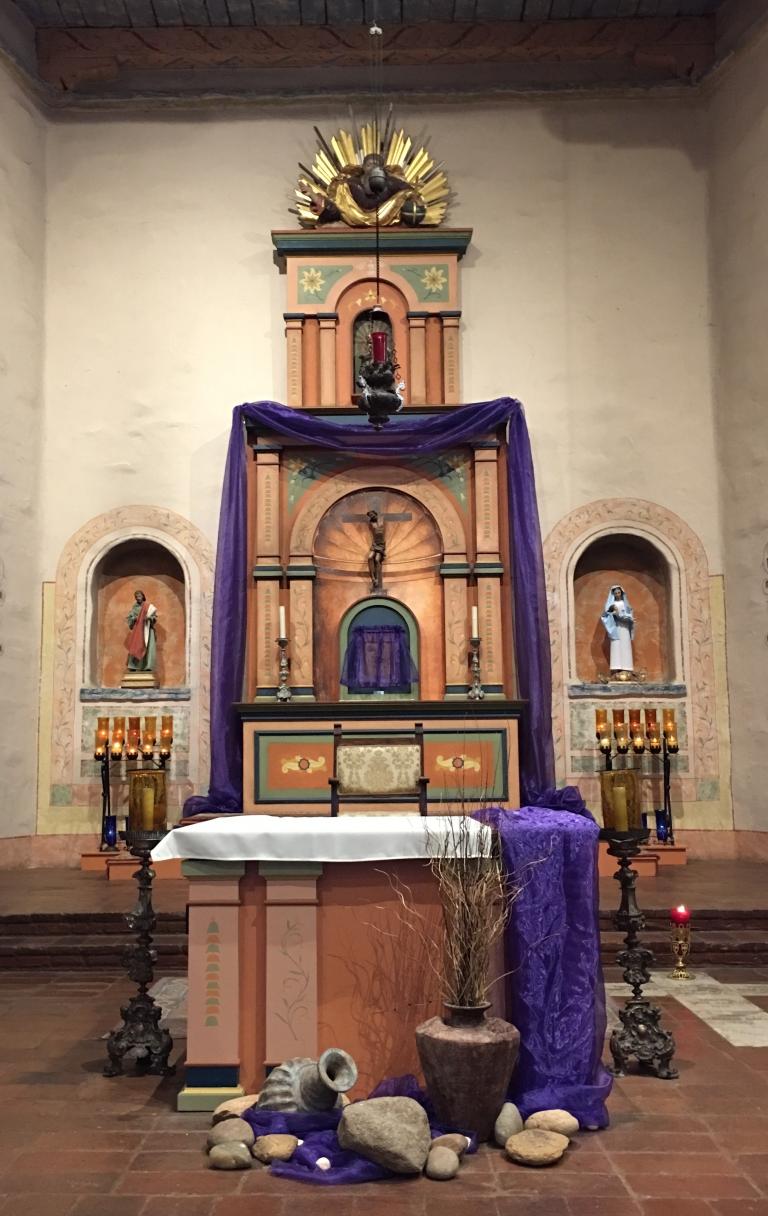 San Diego Mission, Basilica Altar