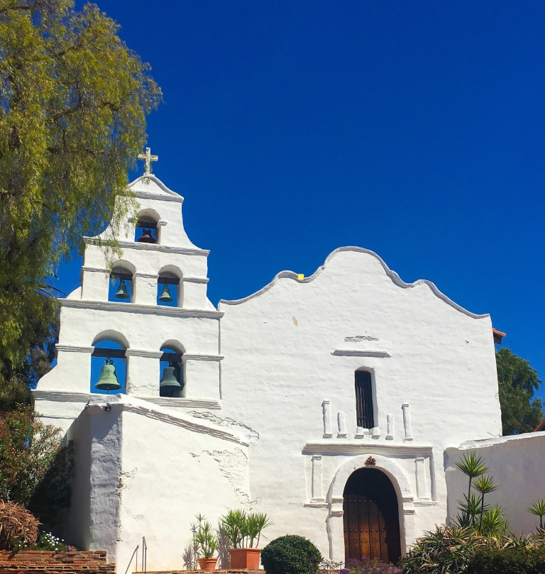 San Diego Mission - Facade | Davina at Home and Abroad