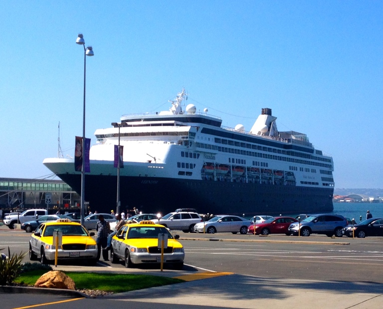 Holland America ship Veendam - A smaller ship with an older crowd