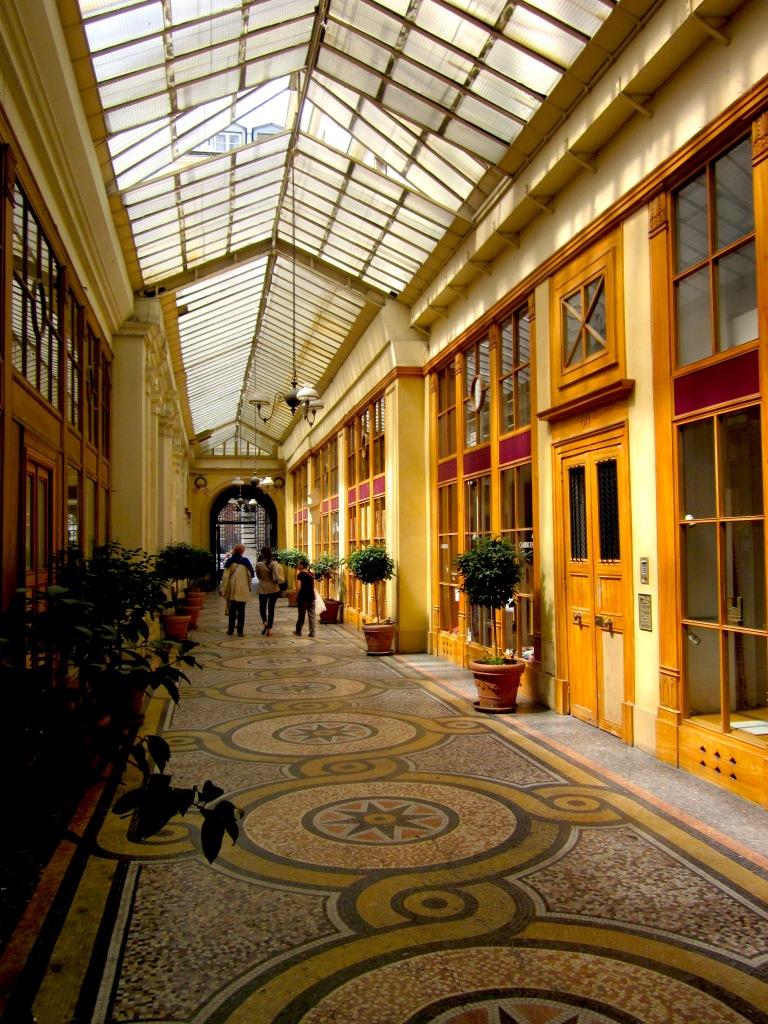 Paris-Shopping-Passage-Gallerie-Vivienne.jpeg